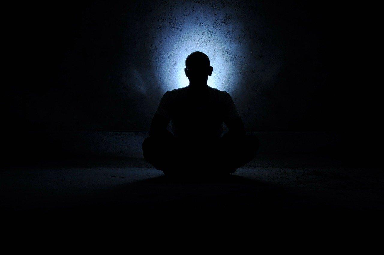 【オウム真理教】世界を震撼させた「麻原彰晃」の全貌が遂に明らかに!